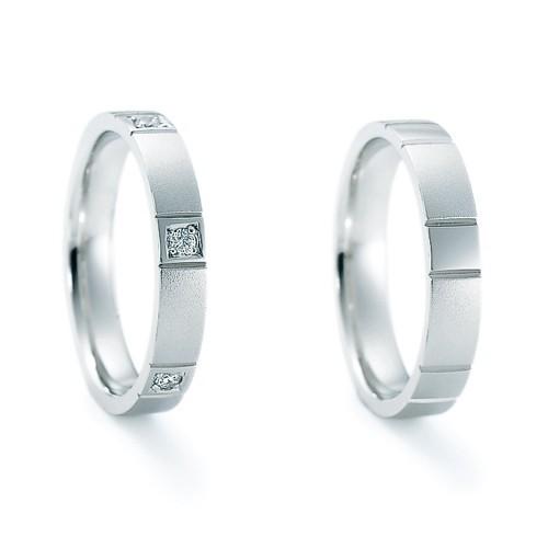 ジュエリーネモト】 NINA RICCI・6RB908 6RA913 結婚指輪 結婚指輪(女性用):¥136,080(税込) 結婚指輪(男性用):¥127,440(税込) 無駄をそぎ落とす事で生まれるシンプルな存在感。プラチナのマットな光沢が落ち着いた印象です。 左:Pt900 Dia 右:Pt900